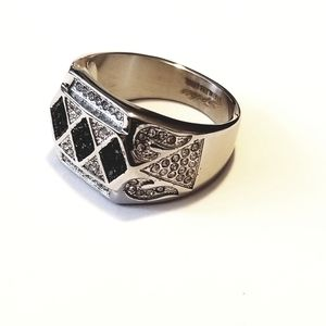 New stainless steel mens ring with CZs size 13